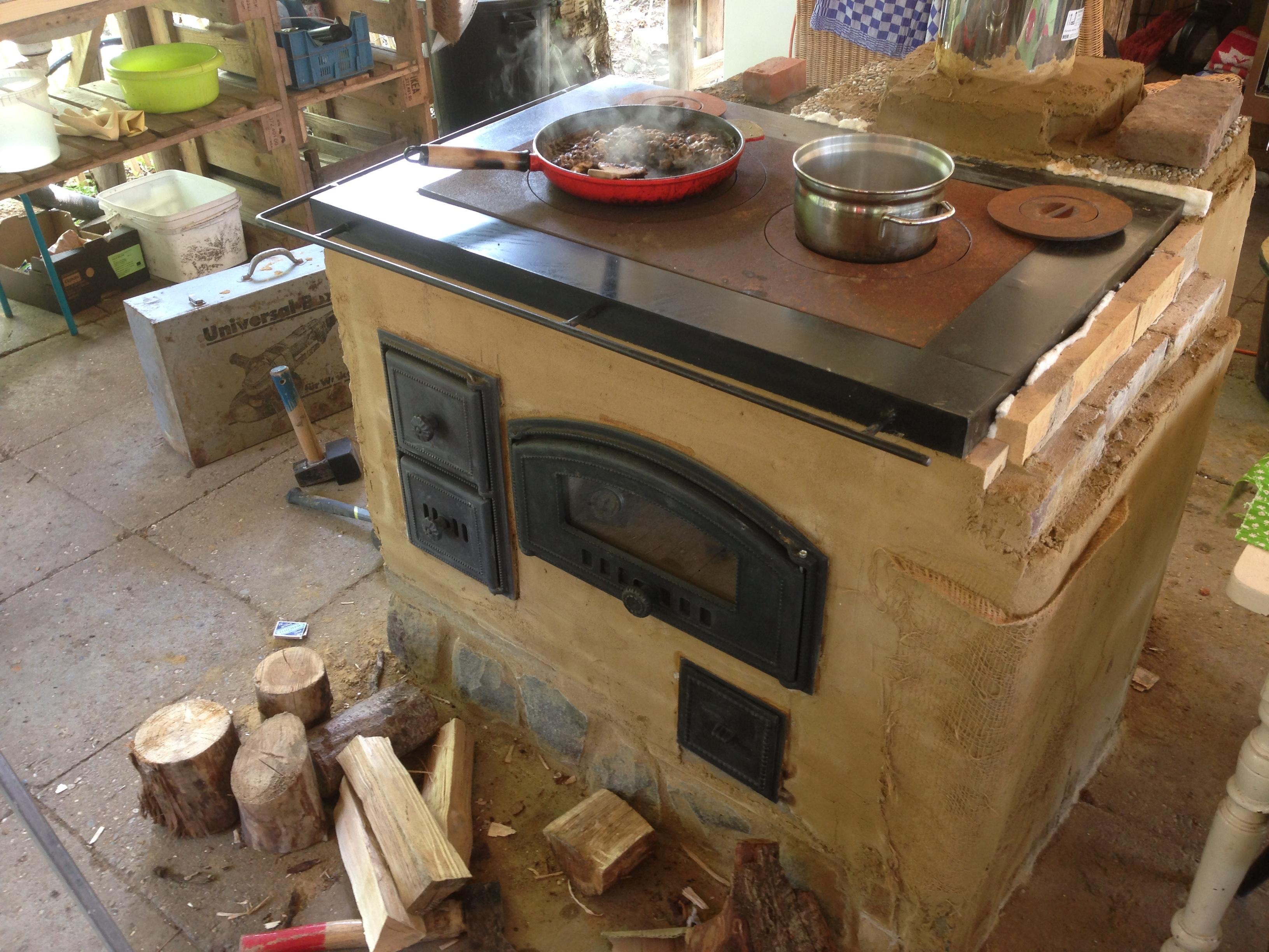Koken op het houtfornuis